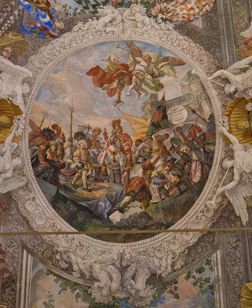 Palazzo Colonna - Heavenly View Details 2