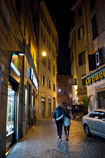 Street Scene - Lover's Embrace