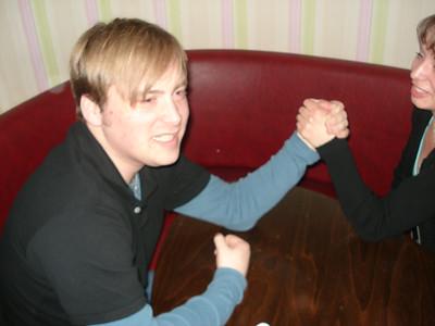 Stammtisch arm wrestling