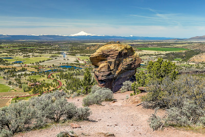 Top Of Misery Ridge Trail, Smith Rock State Park, Central Oregon