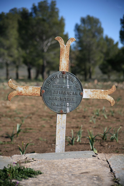 A grave in the cemetery in Sutherland, Northern Cape: For , Queen & Empire, Tpr J Flanagan, Marshalshse, 10.04.02