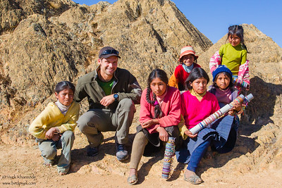 Glenn Bartley with children in the Peruvian highlands - Peru