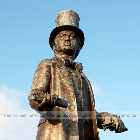 Brunel statue at Neyland. Unfortunately this statue was later stolen and never seen again!