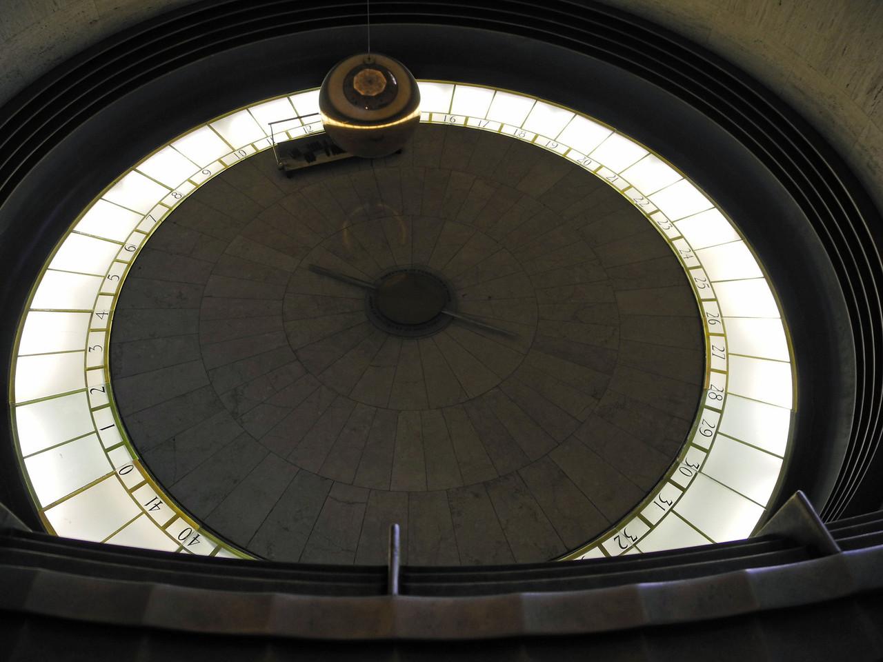 1649 Griffith Observatory Foucault Pendulum