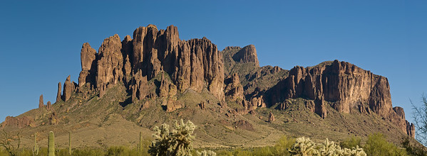 Superstition mountain.   Apache trail, Arizona.