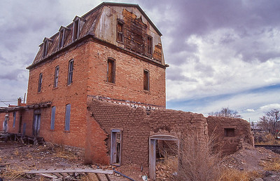 Abandon building.  San Antonio, New Mexico.