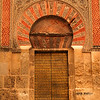 A doorway to La Mezquita.