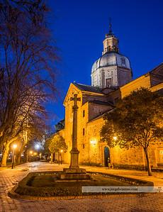 Basílica en la hora azul