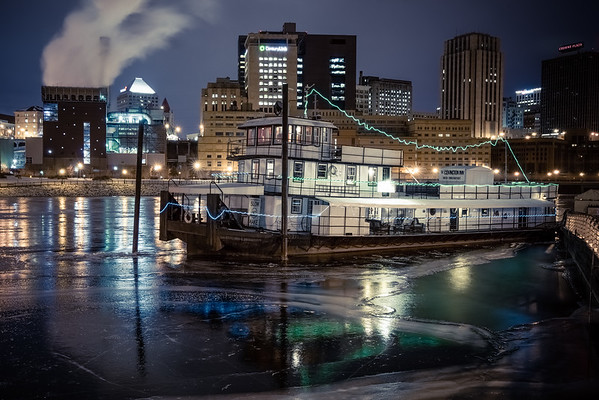 Covington Inn, Mississippi River, St. Paul Photography, Saint Paul, Cityscape