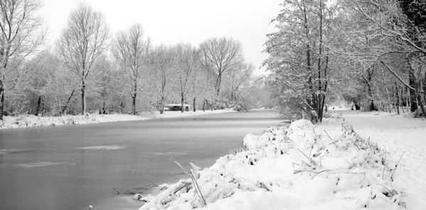By the River Stour in Sudbury, December 2010