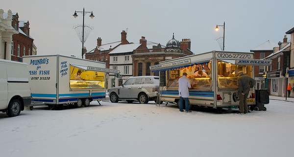Sudbury Town in the snow, January 2010, brave market traders