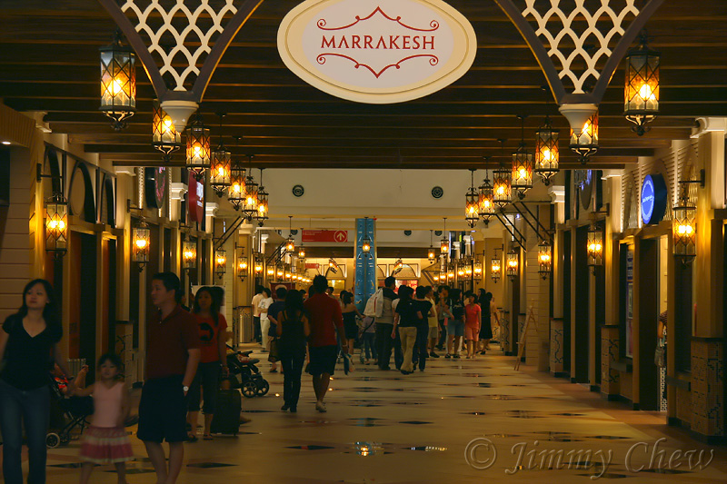 """""""Marrakesh"""", one of the many themes - both the hanging and wall lights look nice. So far, all the bulbs are working."""