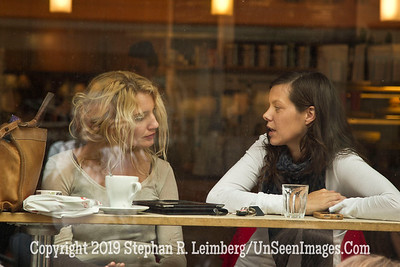 Chatting Women GLACIER AND BERGEN_110828_0479