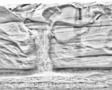 Strong Flow Ice Wall_110815_2440_HDR