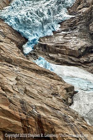Glacier and Rock GLACIER AND BERGEN_110825_1324_HDR