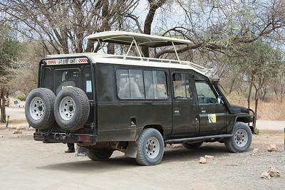 Safari Vehicle - Toyota Land Cruiser