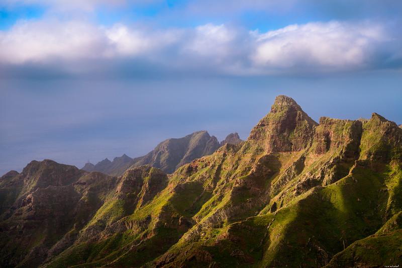 Peaks in light