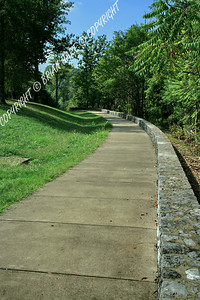 Pathway to the Natchez Trace Parkway Bridge overlook