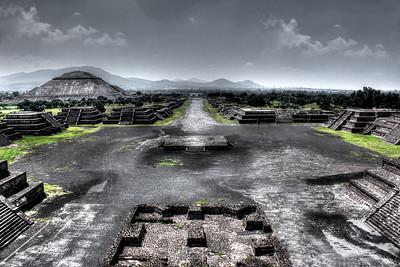 Moon Pyramid Vista
