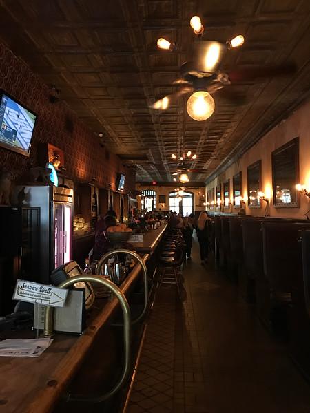 The Esquire Tavern, San Antonio, Texas