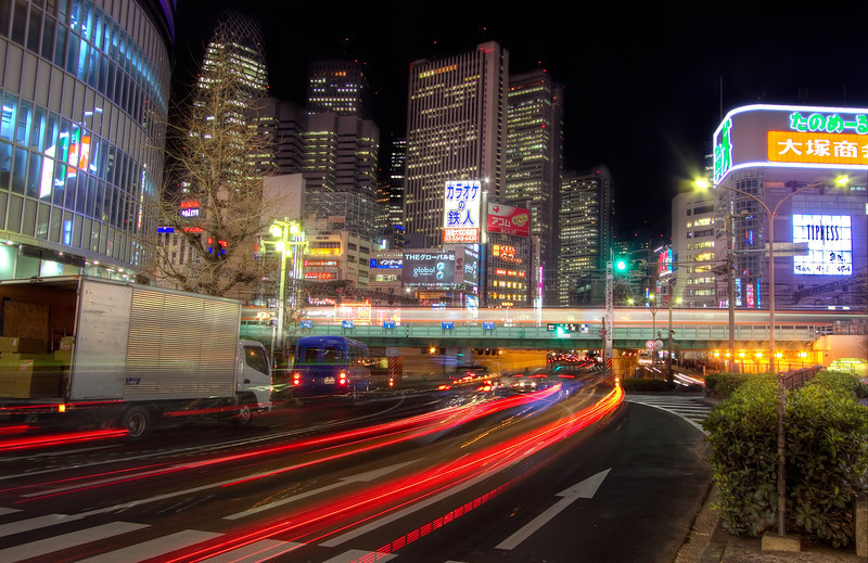 <H3>Night Streets of Tokyo</H3>