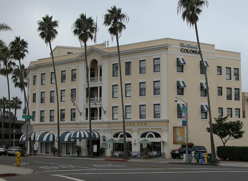 Grand Colonial, La Jolla California