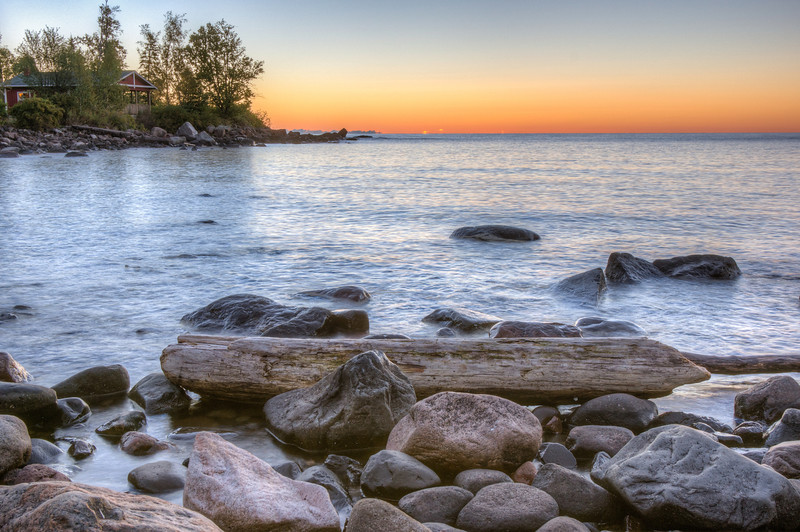 Sunrise on Cove Point Resort