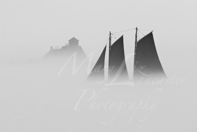 Ghost Ship Arriving_4953