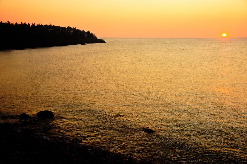 Sunrise Bluefin Bay