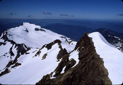 I've skipped ahead and now I'm standing on the summit.  That's Mt. Tom as we look west toward the Pacific Ocean (which appears to be socked in with stratus clouds today).