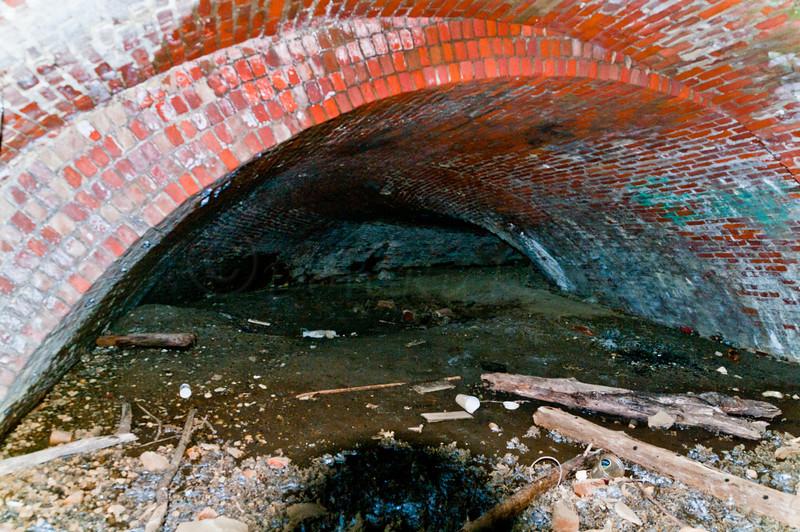 Brickwork tunnel