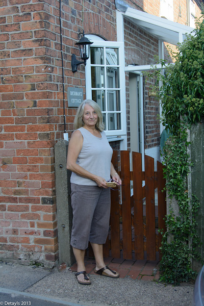 A walk from Dickman's Cottage, Nottingham in September 2013