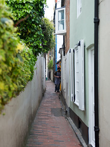 The alleyways through the lanes