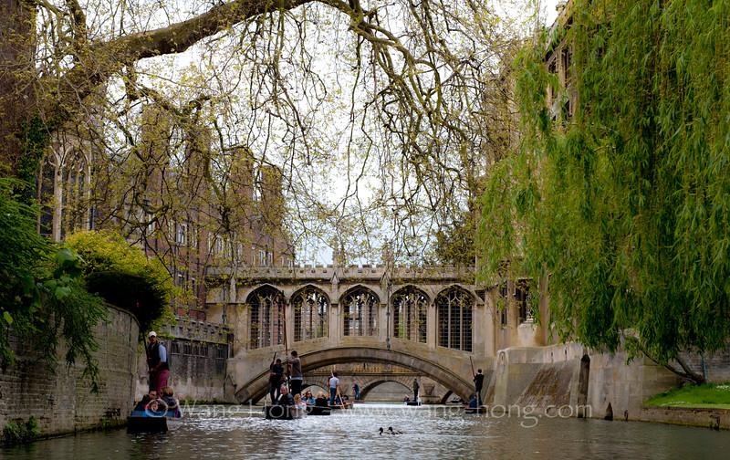 Bridge of Sigh, Cambridge, English.