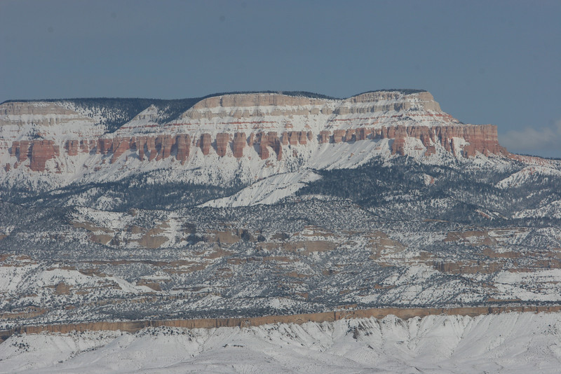 Northeast towards Escalante Mountains from Sunset Point in Bryce.