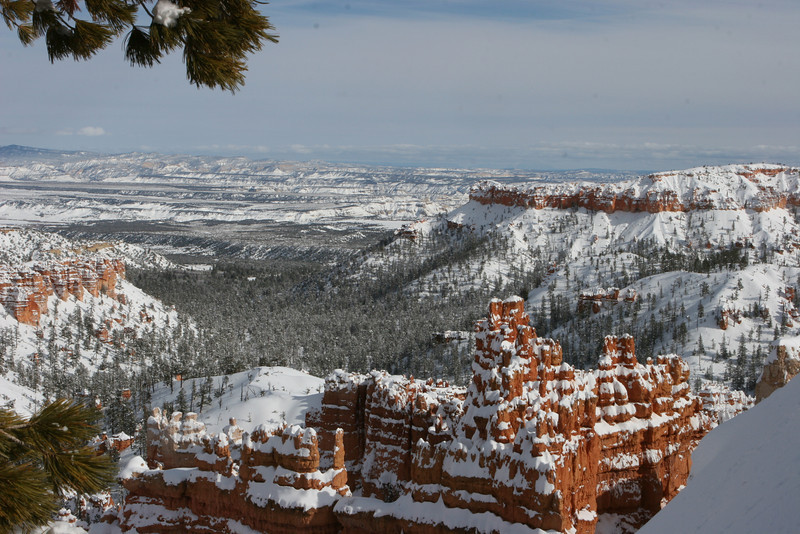 East down Bryce Canyon from Queens Garden Trail in Bryce.