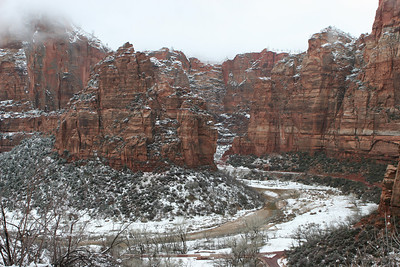 From the lower section of the East Rim Trail overlooking the Weeping Rock parking lot and part of the Big Bend in the North Fork of the Virgin River in Zion.