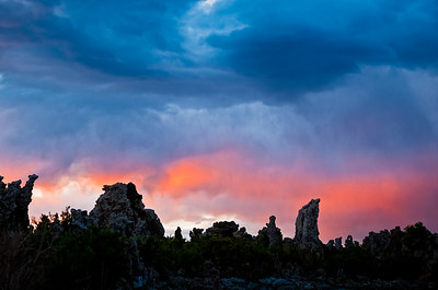 Sunset at the South Tufas - Mono Lake, California.