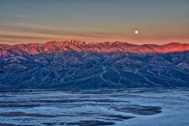 Moonset at Panamint Mountains