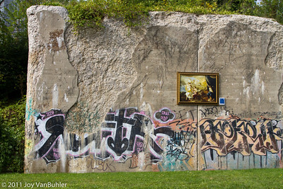 Graffiti and DIA Outdoor art