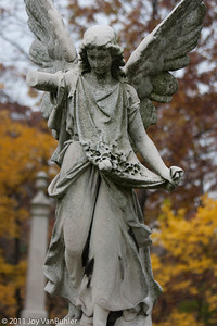 Statue at Elmood Cemetery