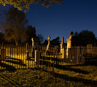 On my @NationalParksAtNight workshop we visited a very small #NationalCemetary in Alexandra.  I didn't  even know it was there, did you?    There are at least 3 other *private* cemeteries  surrounding Alexandria National Cemetery.  This particular image was taken in one of the 3.  April 23, 2021 ©2021 Henry S. Winokur