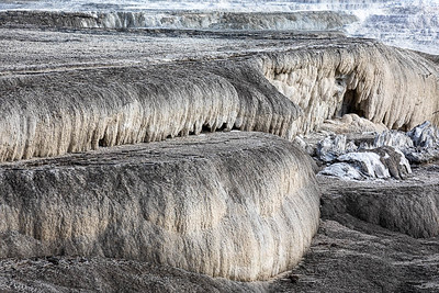 """Spill-over"" at the top of Mammoth Hot Springs.  ©2019 Henry S. Winokur"