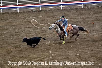 WOMAN ROPER 11 JPG 20110619_Rodeo - Cody - June 2011_7904