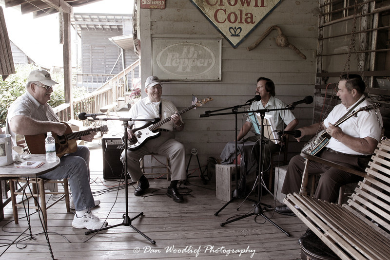 A little bluegrass at the Mast General Store - Valle Crucis