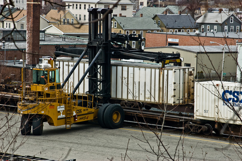 Hog with container, CSX Intermodal Yard.