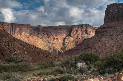 12 October 2013.  Along Colorado River north of Moab UT on Route 128.