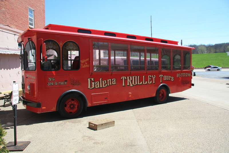 We took a one hour trolley tour of Galena