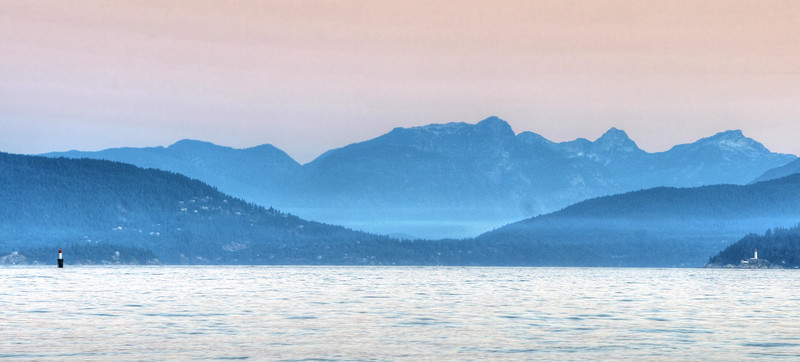 Misty dawn over the mountains, Vancouver.