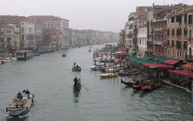 grand canal 9
